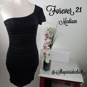 🍓$10 In Bundle🍓Forever 21 One Shoulder Body Con